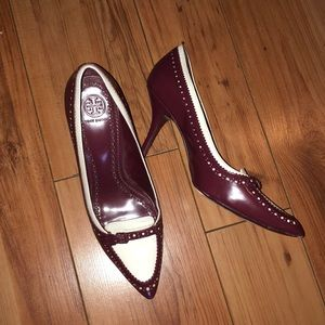 Tory Burch leather heels 💕